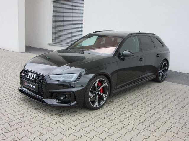 Audi RS4 4 Avant 331(450) kW(PS) tiptronic
