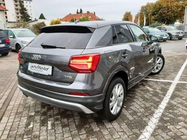 Audi Q2 1.4 TFSI s-tronic s line Sportpaket PANO LED ACC