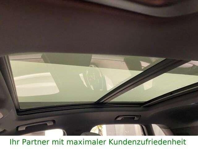 Audi Q3 45 TFSI quattro S line, 19 Zoll, Panorama