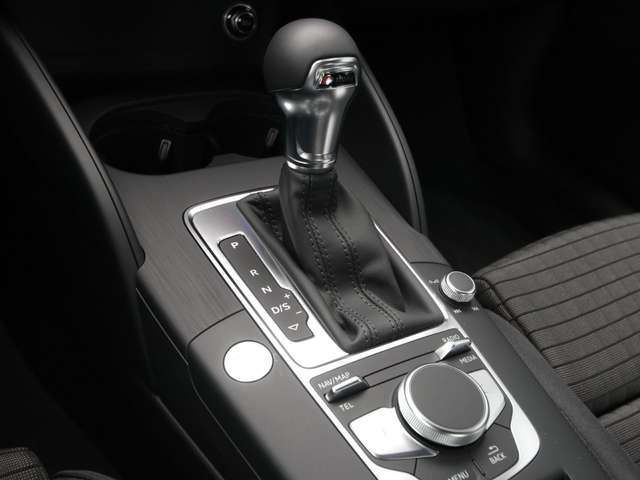 Audi A3 Limo Sport 2.0 TDI quattro ACC*AHK*MMI-NAVI*K