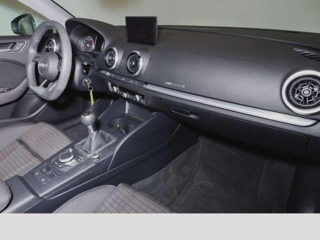 Audi A3 Limousine 1.5 TFSI sport Navi DAB