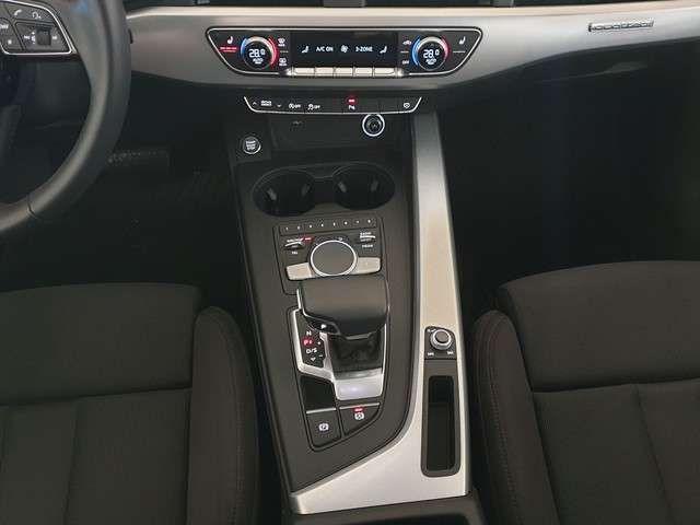 Audi A4 Limousine Sport S line (Garantie 05/2024,AHK,Na