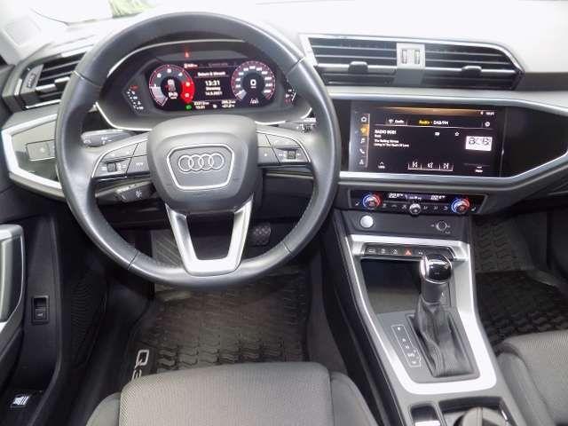 Audi Q3 2.0 TDI S-tonic Sline LED