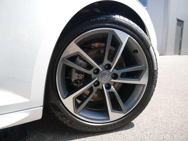 Audi A4 Avant sport 40 TFSI KAMERA NAVI LED ACC