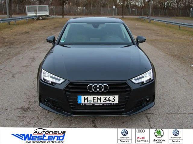 Audi A4 2020 Benzine