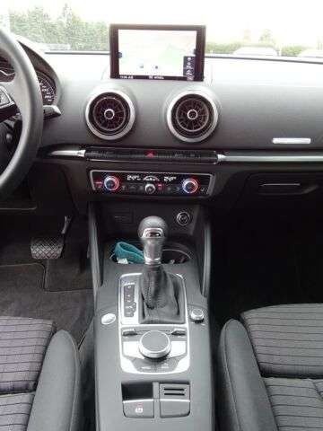 Audi A3 Sportback 35 TFSI S-tronic sport