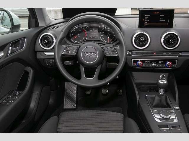 Audi A3 Sportback Sport 30 TDI (SHZ,EPH,Xenon,GRA)