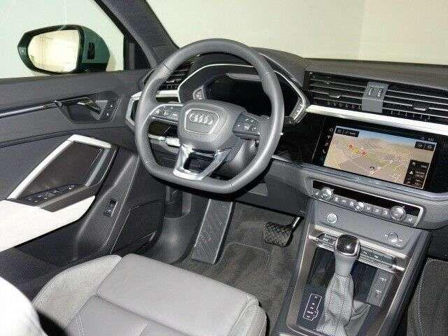 Audi Q3 45 TFSI S line Quattro tronic Navi Matrix