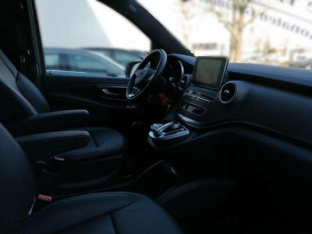 Mercedes-Benz V 250