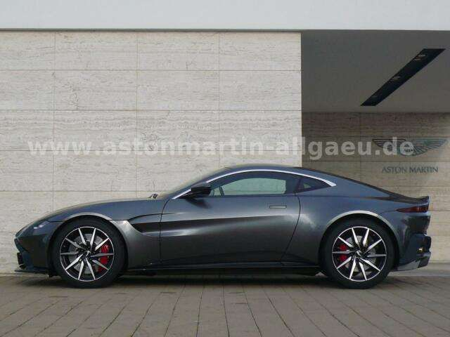 Aston Martin V8 Vantage Magnetic Silver / Alcantara