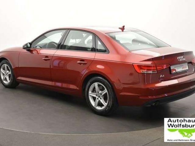Audi A4 2.0 TDI S-tronic Head Up/Navi/SpoFw/SpoSi Xenon