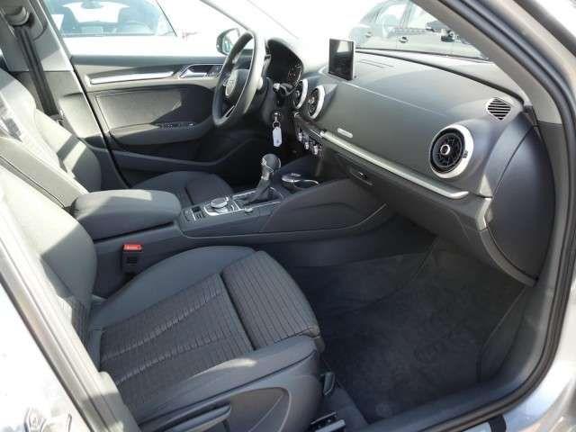 Audi A3 Sportback Sport 1.0 TFSI S-tronic Xenon+Navi