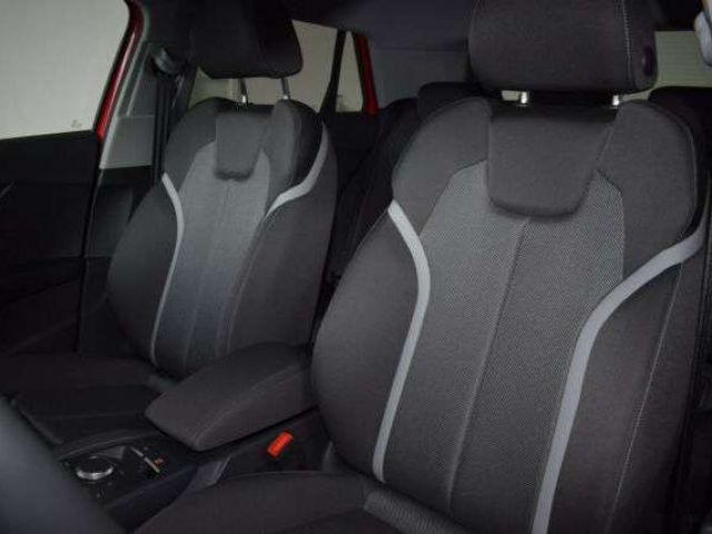 Audi Q2 30 TFSI sport LED