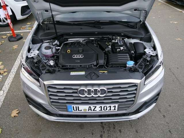 Audi Q2 S line 35 TFSI S tronic NAV+ ACC PDC SHZ GRA