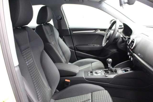 Audi A3 Sportback 35 TDI sport AHK*PDC*SHZ*XENON*DAB*