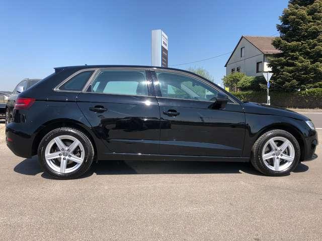 Audi A3 2.0 TDI Sportback S tronic *Navi Xenon Service NEU