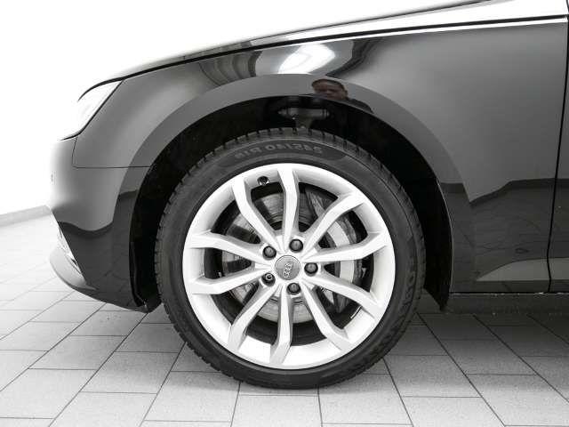 Audi A4 Avant Sport 50 TDI ACC LED Navi Panorama Massage