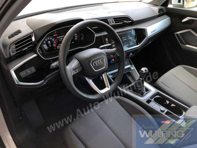 Audi Q3 35 TFSI Advanced LED-SW ACC Virtual Cockpit