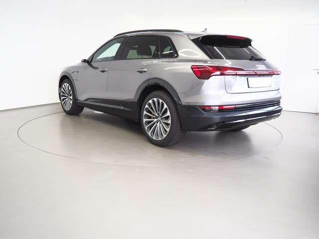 Audi e-tron 55 quattro advanced/MATRIX-LED/AHK/PANO/HEA