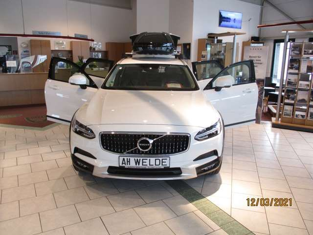 Volvo V90 Cross Country 2017 Benzine