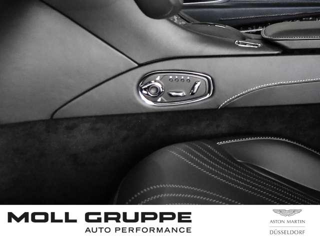 Aston Martin DB11 V8 Coupe 'Ceramic Grey'