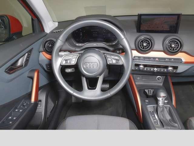 Audi Q2 2.0 TDI quattro sport LED HUD VC Bluetooth Navi